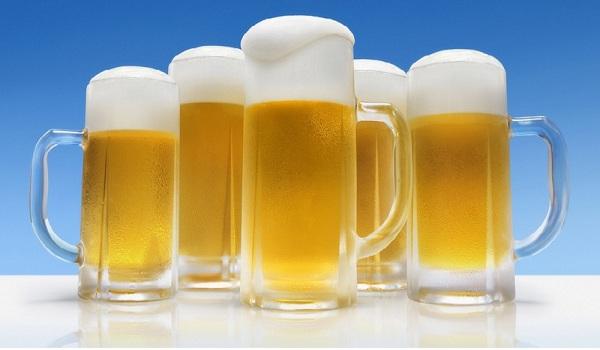 Cách làm trắng da bằng bia